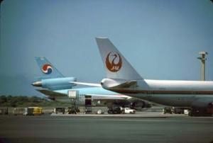 Japan Air Lines at Honolulu International Airport, 1987.
