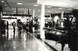 Foreign arrivals, Honolulu International Airport, 1980.