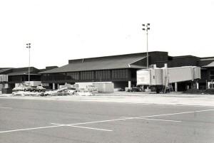 1988 Lihue Airport 02