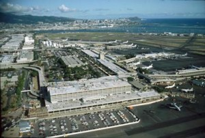 Construction of new Interisland Terminal, Honolulu International Airport, 1991.