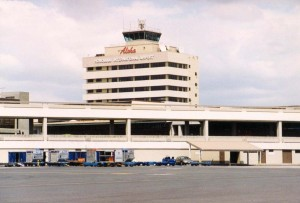 Honolulu International Airport administration tower, 1994.