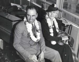Dole Derby winner Art Goebel and his mother, Emma Goebel, 1927.